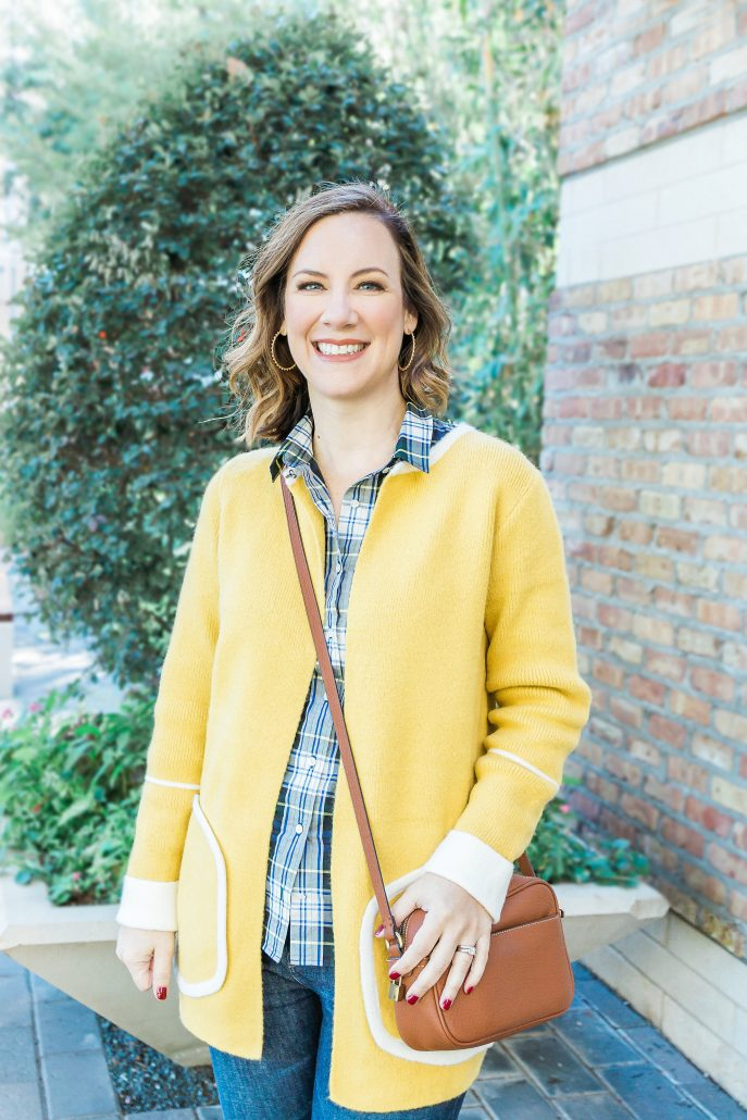 GAME DAY OUTFIT INSPIRATION green and gold outfit football chic