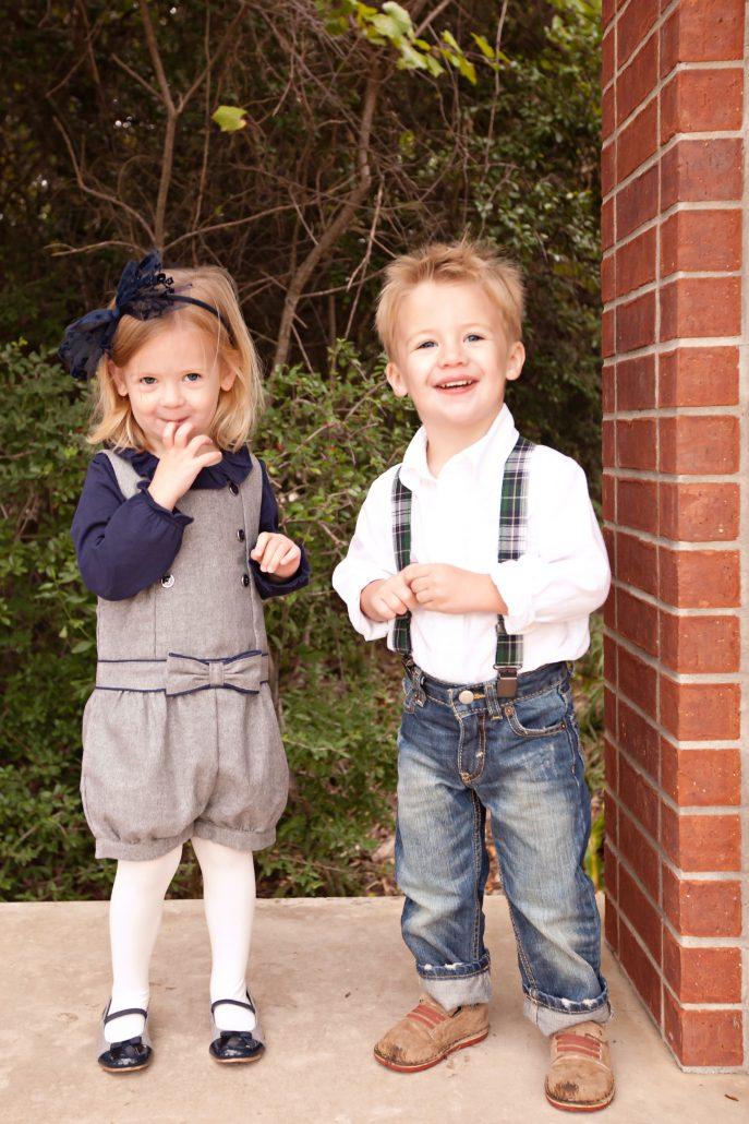 Family Photo Ideas Thoughtfully Styled Christmas Photos Holiday Photo ideas Christmas cards